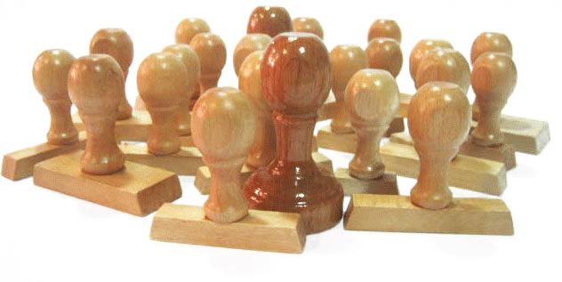 Σφραγίδες με ξύλινη λαβή